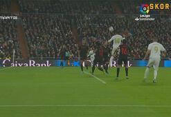 Real Madrid Sevillayı Casemiro ile yıktı 2-1