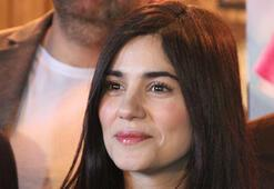 Zeynep Çamcı: Eskiden tek kaşlıydım