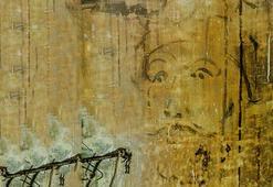 Dolmabahçe Sarayında yapılan restorasyonda yüz yıllık gazete kupürleri bulundu