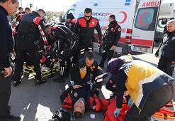 Lastiğine parlatıcı sıkılan motosiklet devrildi: 2 polis yaralı