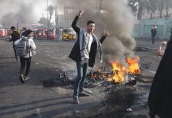 Irakta göstericiler yolları trafiğe kapatmaya devam ediyor