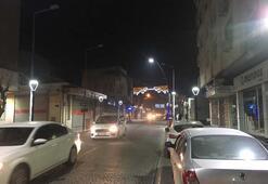 Son dakika... Şehir beşik gibi sallanıyor  Deprem sonrası Manisadan ilk görüntüler