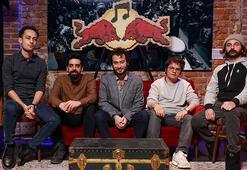 Yüzyüzeyken Konuşuruz yeni teklisi 'Kazılı Kuyum'u Red Bull Müzik Stüdyolarında kaydetti