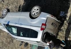 Bingölde otomobil takla attı: 4 yaralı