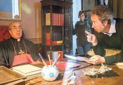 """Yönetmen Paolo Sorrentıno The New Pope"""" dizisini anlattı: John Malkovic  inanılmaz bir oyuncu"""