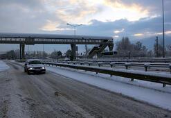 Boluda kar durdu, ulaşım normale döndü