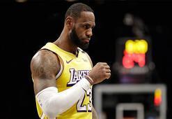 Los Angeles Lakers, Lebronun triple-doubleıyla kazandı