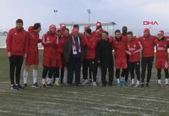 Son dakika | Sivasspor antrenmanında sürpriz isim: Fenomen simitçi Ahmet