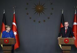 Son dakika... Cumhurbaşkanı Erdoğandan dünyaya net mesaj: Bu adama yüz vermeyin