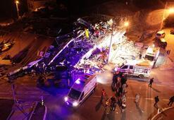 Son dakika... Elazığda yaşanan 6.8 büyüklüğündeki deprem sonrası ilk görüntüler...