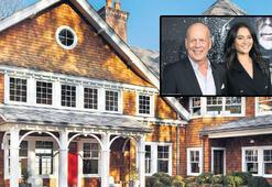 Bruce Willis-Emma Heming çifti malikaneden zarar ettiler
