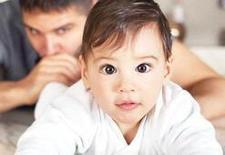 Almeda Abazi oğlu ve eşini paylaştı