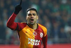 Son dakika | Galatasarayda Falcao ve Saracchi şoku Devam edemediler...