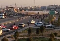 İranda bir yolcu uçağı şehir merkezindeki karayoluna acil iniş yaptı