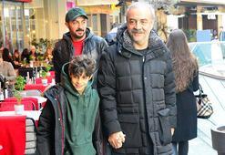 Yılmaz Erdoğan oğluyla alışveriş turunda