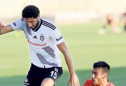 Beşiktaşta maaş krizi 'Elneny kriz dolu'
