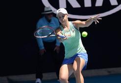 Barty ve Kenin, Avustralya Açıkta yarı finalde
