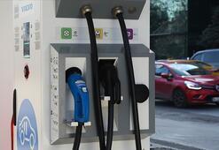 Elektrikli araçlar şarj beklemek yerine batarya değiştirecek