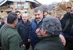Bakanlar Soylu ve Koca, Sivricede depremzedeleri ziyaret etti
