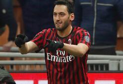 Hakan Çalhanoğlu duble yaptı, Milan yarı finalde