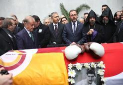 Türkiyenin ilk profesyonel boksörü Garbis Zakaryan, son yolculuğuna uğurlandı