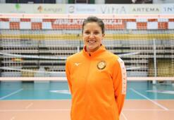 Sonja Newcombe, Eczacıbaşı VitrAda