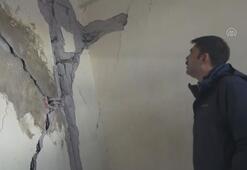 Bakan Kurum, depremzedeleri ziyaret etti