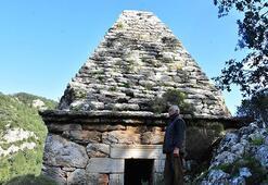 Yıllarca türbe sandılar ama anıt mezar çıktı