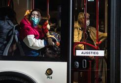 Wuhandan tahliye edilerek Almanya'ya getirilen 2 kişide koronavirüs tespit edildi