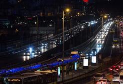 Son dakika Tatil bitti, İstanbulda trafik kilit