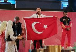Milli halterci Bünyamin Sezerden 1 gümüş, 2 bronz madalya