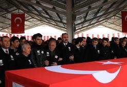 Kahramanlara veda... Türkiye şehitlerini uğurladı