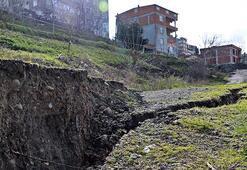 Samsunda heyelan korkusu 'Önce sesler geldi, sonra duvarlar yıkıldı'