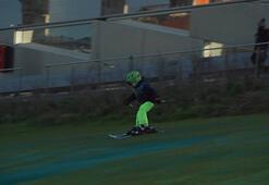 Atık tesisi üzerinde kayak