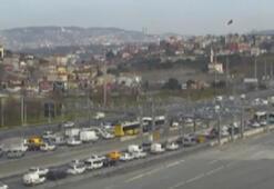 Fatih Sultan Mehmet Köprüsü girişinde kaza