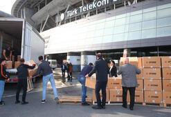 Galatasarayın topladığı yardım malzemeleri yola çıktı