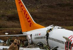 Pistten çıkan uçak parçalara ayrılıp kaldırılacak