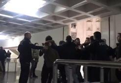 Adliyede taraflar birbirine girdi, cinayet sanığına kurulan pusuyu polis önledi