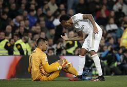 Real Madrid evinde Real Sociedada yıkıldı Az kalsın hezimet...