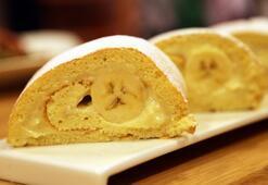 Muzlu ganajlı rulo pasta tarifi, nasıl yapılır Muzlu ganajlı rulo pasta malzemeleri nelerdir Ganaj nedir...