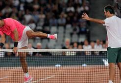 Federer ve Nadal, Afrikalı çocuklar için korta çıktı