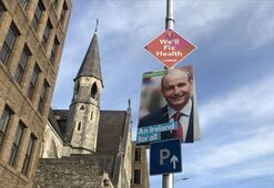 İrlandada erken genel seçimde 3 parti yarışı başa baş götürüyor