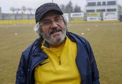 Mustafa Reşit Akçay özür diledi