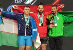 Milli halterci Daniyar İsmayilovdan 3 altın madalya