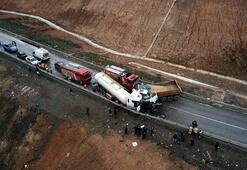 Hafriyat kamyonu ile su tankeri çarpıştı