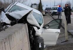 Otomobil istinat duvarına çarptı Sürücü yaralandı