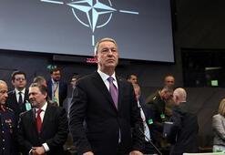 Bakan Akar, NATO toplantısına katılacak