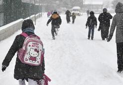 Okullar tatil mi 12 Şubat (Bugün) hangi il ve ilçelerde okullar tatil edildi Kar tatili olan il ve ilçeler...
