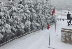 Ankara ve Nevşehirde bugün okullar tatil edildi mi Ankara Valisi Vasip Şahinden kar tatili açıklaması yapıldı mı