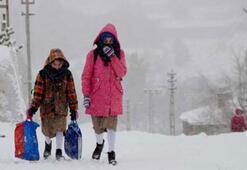 Son dakika: Okullar tatil mi Valiliklerden resmi açıklama - 13 Şubat Perşembe günü hangi il ve ilçelerde okullar tatil edildi